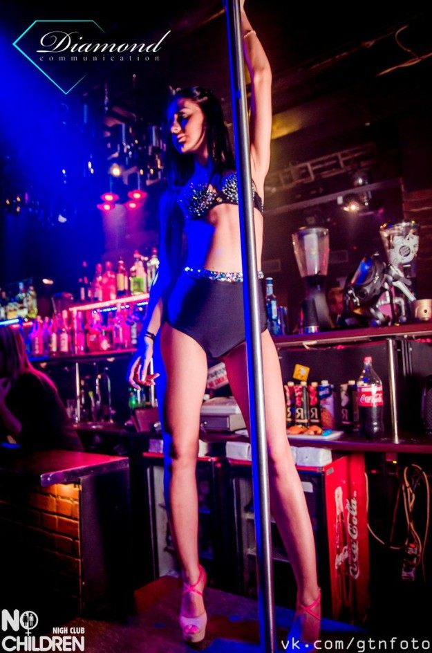 работа в ночном клубе спб, танцовщица