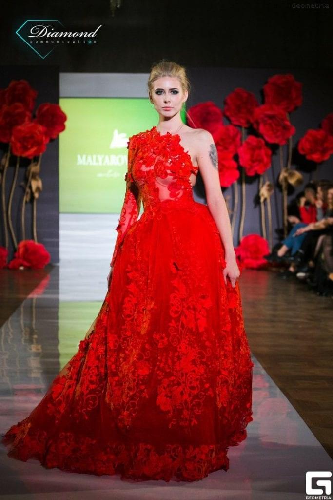 Показ дизайнера Olga Malyarova в рамках NEVA FASHION WEEK ST.PETERSBURG. -12