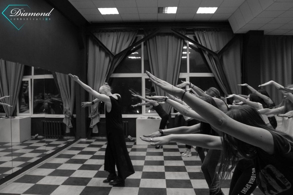 Тренинг по танцам от Diamond Communication -2
